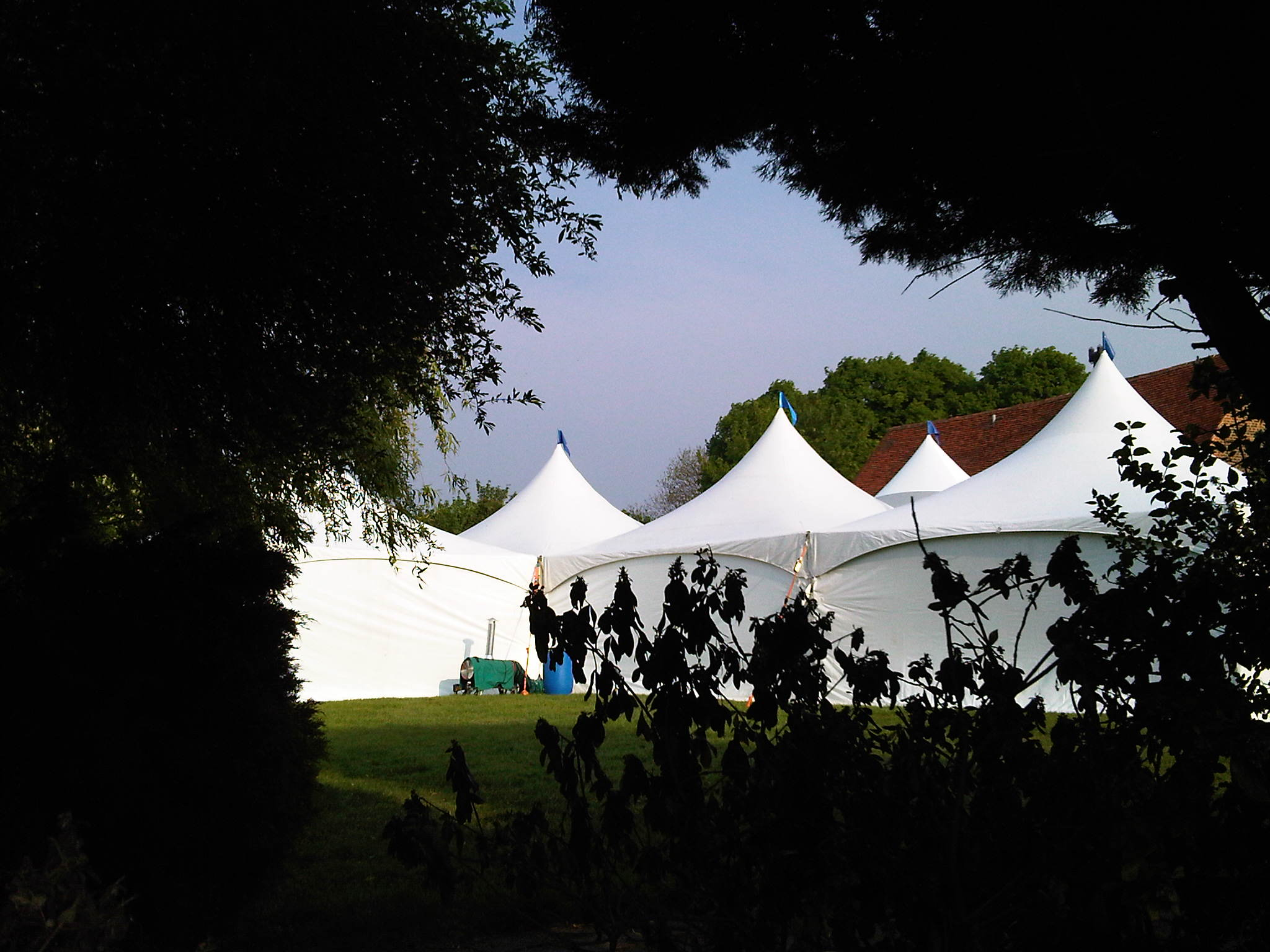 6x27m Shaped Marquee